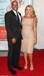 Donald Faison reveals he is expecting a daughter with wife ...