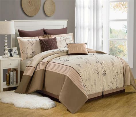 piece queen branchland embroidered bed   bag set