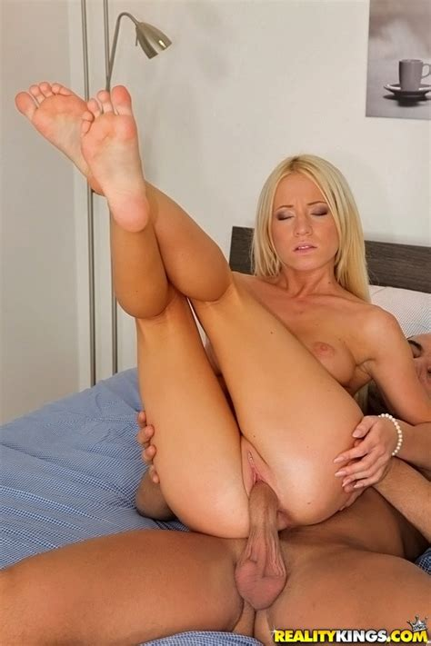 this is how kiara lord pay her rent milf fox