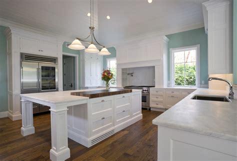 white kitchens with wood floors cuisine blanche 36 id 233 es de luxe pour une cuisine design 2108