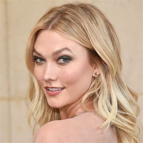 Karlie Kloss Chops Inches Debut Her New Spring