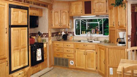 cedar kitchen cabinets ideas cedar kitchen cabinets furniture in india ideas