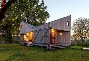 Maison Contemporaine En Bois Avec Une Forme Originale