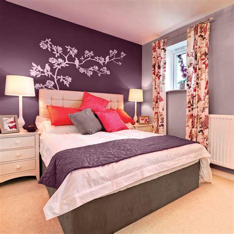 la chambre la couleur aubergine pour la chambre chambre