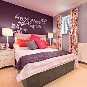 la couleur aubergine pour la chambre chambre With les couleurs pour chambre a coucher