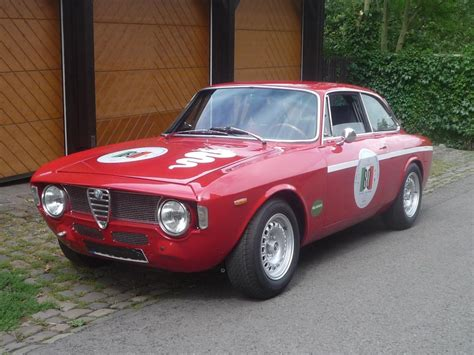 This Alfa Romeo Gta Can Dance