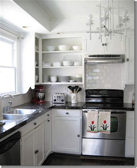 girl     great kitchen facelift