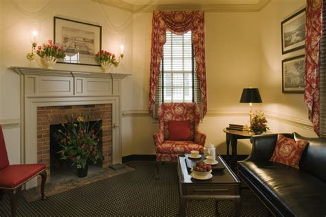 Ewing House Colonial Williamsburg  Country  Living Room. Refinish Your Kitchen Cabinets. Kitchen Cabinets With Glass Inserts. Kitchen Cabinet Trash. Kitchen Cabinet Knob Placement. Kitchen Cabinets Picture. Kitchener Wine Cabinets. Kitchen Cabinet Paint Finishes. Blind Corner Kitchen Cabinet Solutions