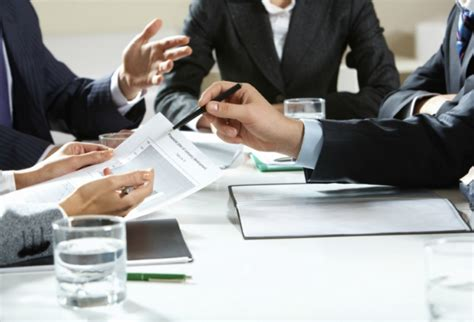 Sniedz priekšlikumus efektīvai kapitāla atdeves mērķu ...