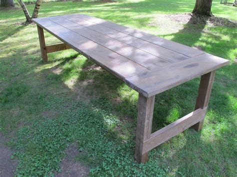 Outdoors Tables : How To Apply A Wax Finish To An Outdoor Picnic Table