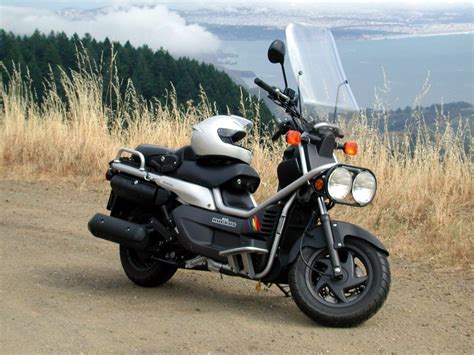 Bid Reviews Honda Big Ruckus Motor Scooter Guide