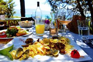 Frankreich Essen Und Trinken : reisen kunst bilder hypertours ~ A.2002-acura-tl-radio.info Haus und Dekorationen
