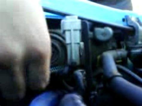 changing corsa headlight bulb