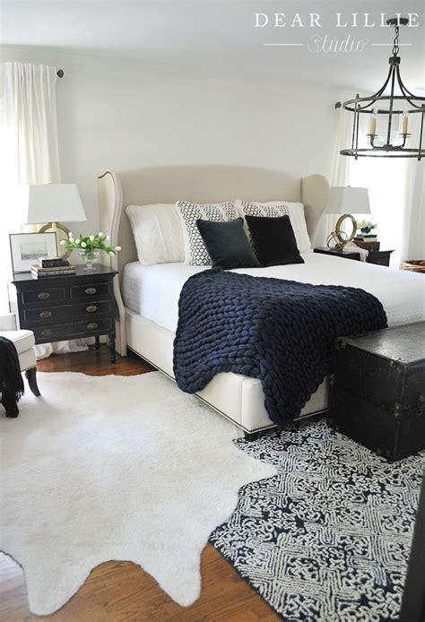 Best 20  Navy master bedroom ideas on Pinterest
