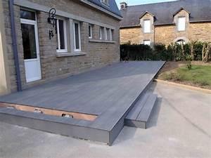 Terrasse Lame Composite : lames de terrasse bois composite lapeyre ~ Edinachiropracticcenter.com Idées de Décoration