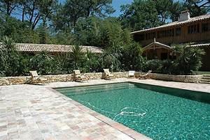 choisir une piscine galerie photos d39article 2 13 With revetement piscine pierre naturelle