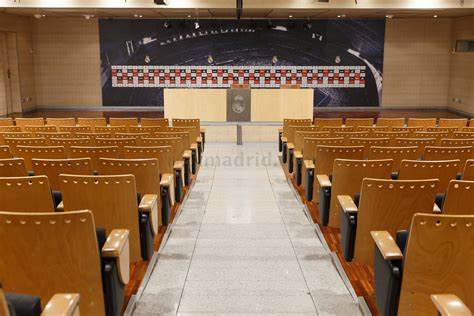 Real Madrid Press Conference Empty Room