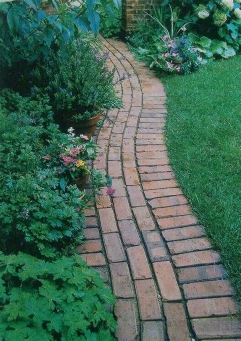 curved garden path nice brick edge border that also serves as a path curved and doesnt require cutting bricks