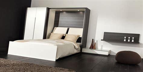chambre chocolat et blanc lit escamotable slim secret de chambre