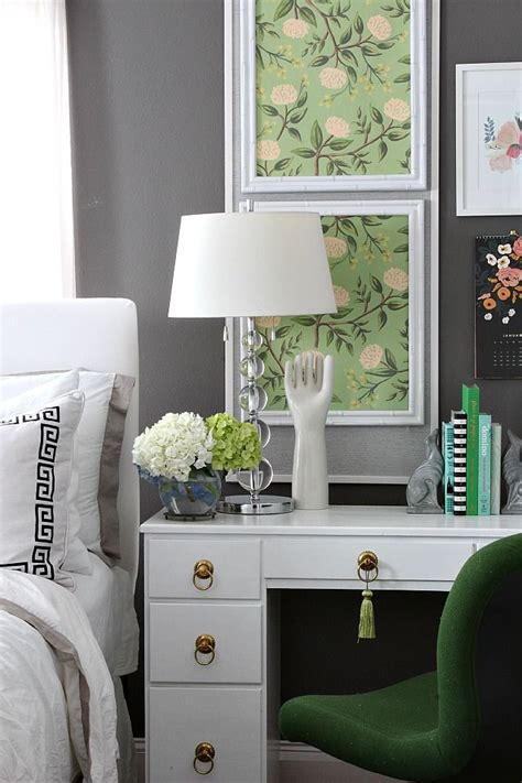 Bedroom Desk by Bedroom Changes With A Desk Home Projects We