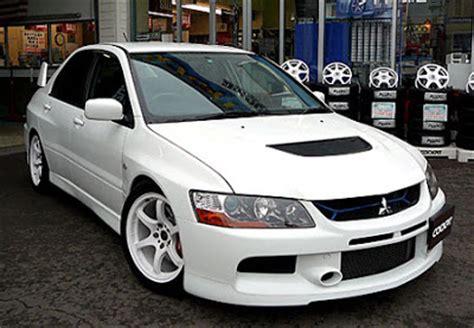 gambar modifikasi mobil sedan car interior design