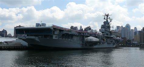 Intrepid Boats Wiki by File Intrepid Sea Air Space Museum Jpg Wikimedia Commons