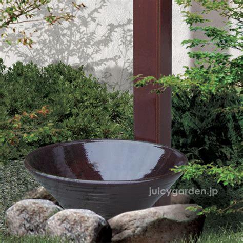 楽天市場 ガーデン水鉢 和風 坪庭 茶庭などの和風のお庭にも洋風にも 幽玄の美を独り占めする水受け ロクロで