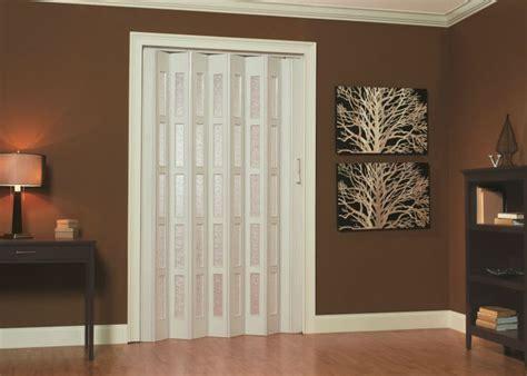 panelfold scale glazedor folding door