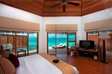 amazing bedrooms 23 amazing bedrooms with a panoramic view of the ocean freshome com