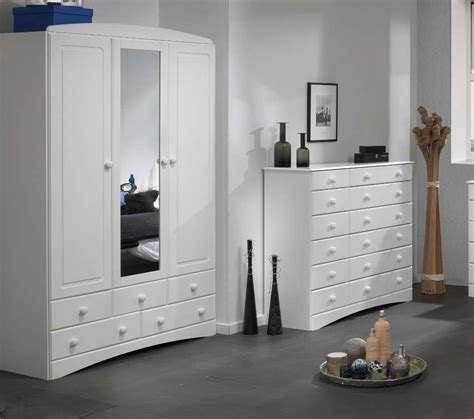 White Wardrobe With Drawers by 15 Photos 3 Door White Wardrobes With Drawers