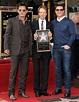 Tom Cruise is really 6 feet tall... - sick magazine