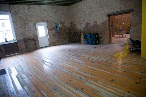 gymnasium floor  gym floor covers  vinylflooringae