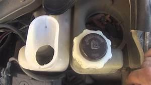 Liquide De Refroidissement Symbole : renault twingo comment remplir son liquide lave glace youtube ~ Medecine-chirurgie-esthetiques.com Avis de Voitures