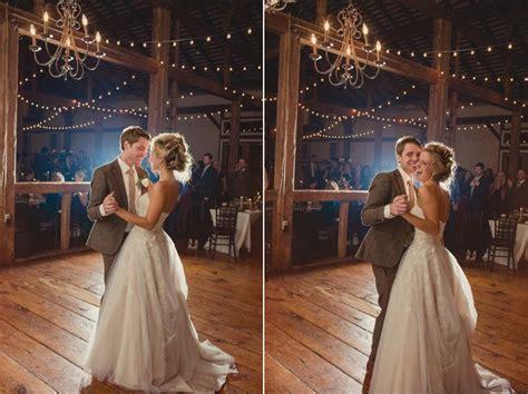 julie shane vintage barn chandeliers rustic wedding