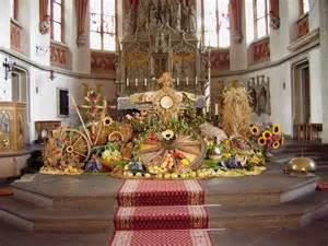 Thanksgiving Church Decoration Ideas