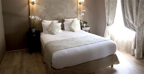 chambre romantique ile de décoration chambre taupe chocolat