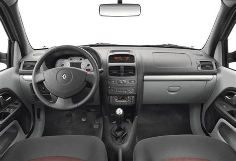renault clio 2007 interior 2007 renault clio three box car review top speed