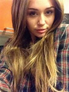 Miley Cyrus With Long Hair | POPSUGAR Celebrity