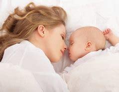 ab wann spürt baby außen ab wann baby ins eigene zimmer bringen erfahrungsbericht einer 7fachen mutter