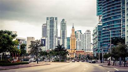 Miami Skyline Street Skyscraper Florida Usa
