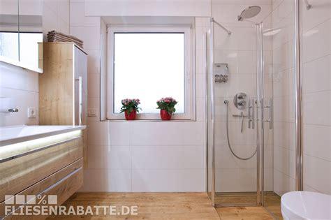 Badezimmer Fliesen Kombination by Pin Fliesenrabatte De Auf Unsere Kundenprojekte In