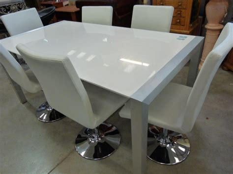 table de tapissier brico depot amiens 2111