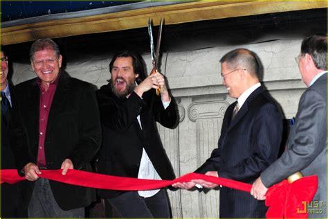 Jim Carrey Vomits Christmas Photo 2324121 Jim Carrey