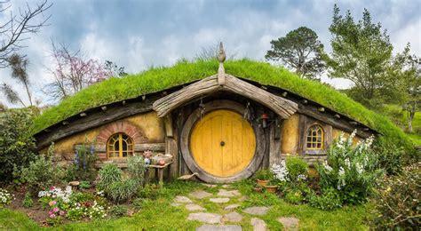 bertamu  rumah bilbo baggins  hobbiton
