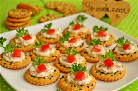 canape biscuit jam biscuit canapes recipe