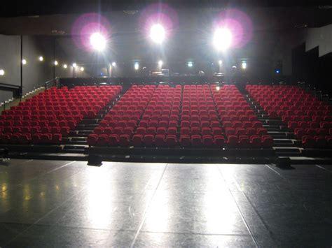 la nacelle salle de spectacle 224 aubergenville yvelines tourisme