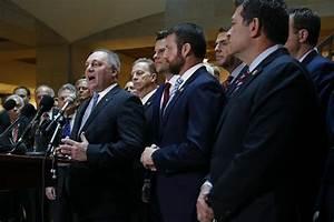Chaotic Scene as Republicans Disrupt Impeachment ...