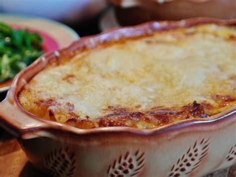 olive garden lasagna recipe copycat olive garden 5 cheese lasagna recipe cdkitchen