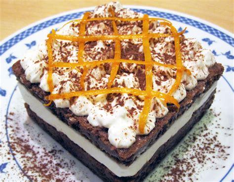 Ricetta Bagna Per Pan Di Spagna Torta A Doppio Strato Con Pan Di Spagna Al Cacao Bagna