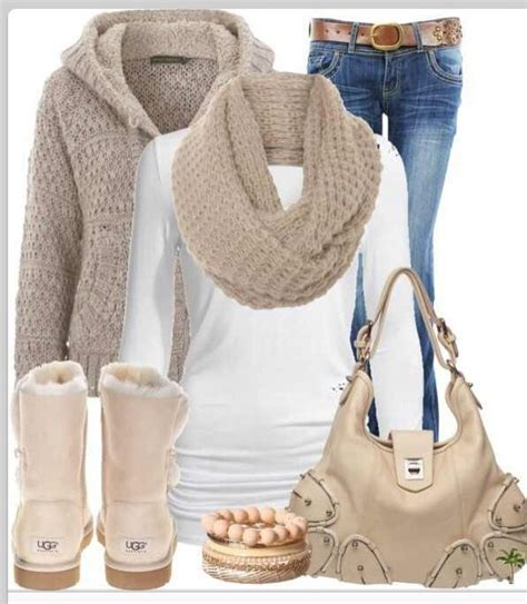1000+ images about Outfits with uggs on Pinterest | Christmas gifts Boots and Fall outfits